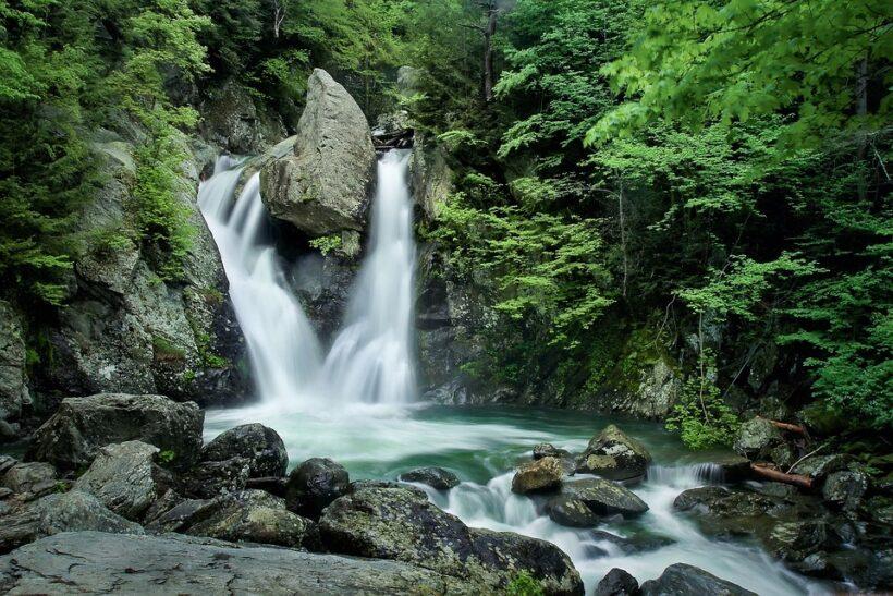 hình nền thác nước đẹp nhất (12)