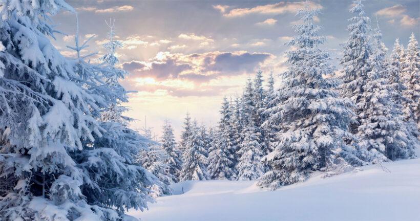 Hình nền laptop 4K núi băng tuyết mùa Noel