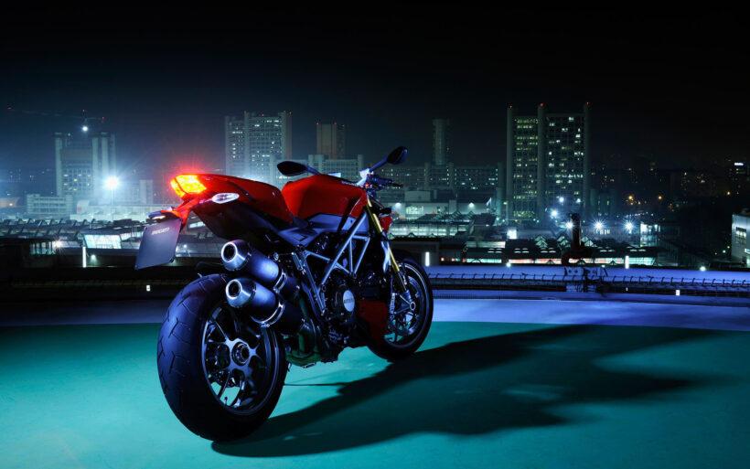 hình nền siêu xe Moto Ducati