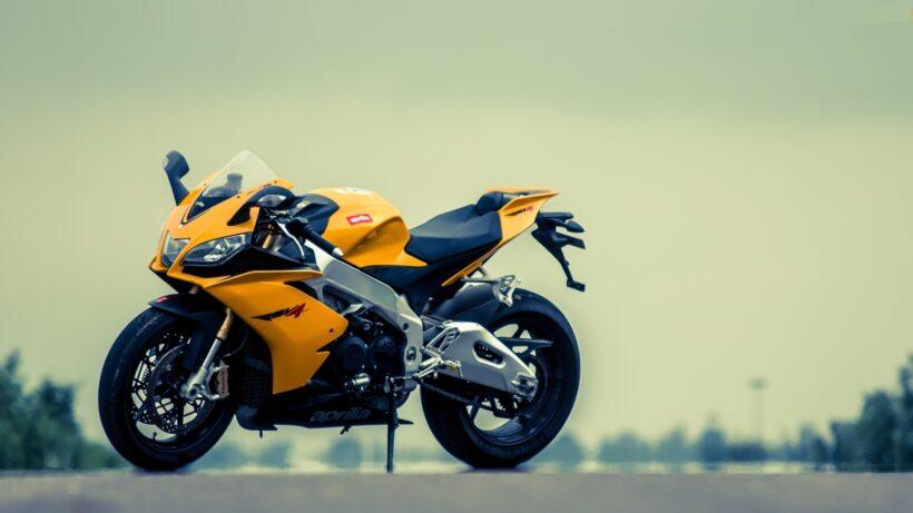 hình nền xe moto vàng