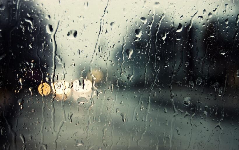 những hình ảnh trời mưa buồn