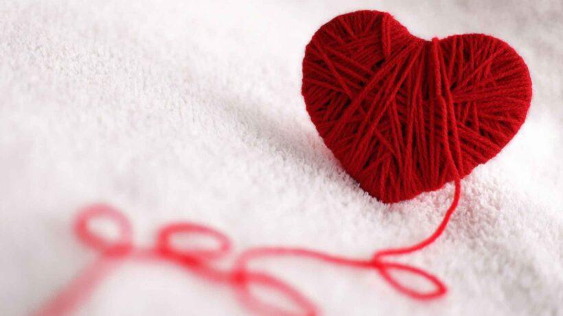 Hình ảnh trái tim bàng những sợi len