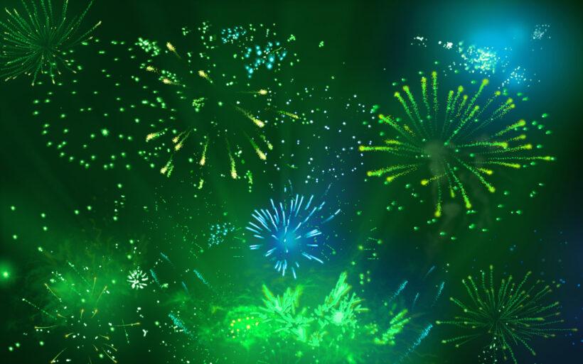 Hình nền Powerpoint màu xanh lá cây về pháo hoa đẹp