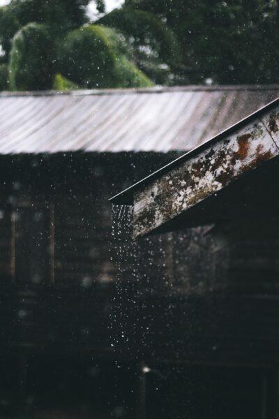 Ảnh làm quotes mưa buồn đẹp