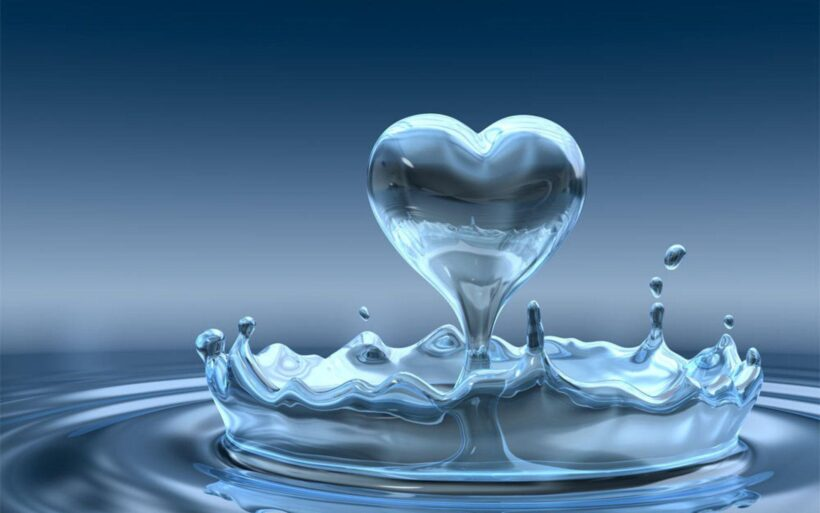 Ảnh nước hình trái tim