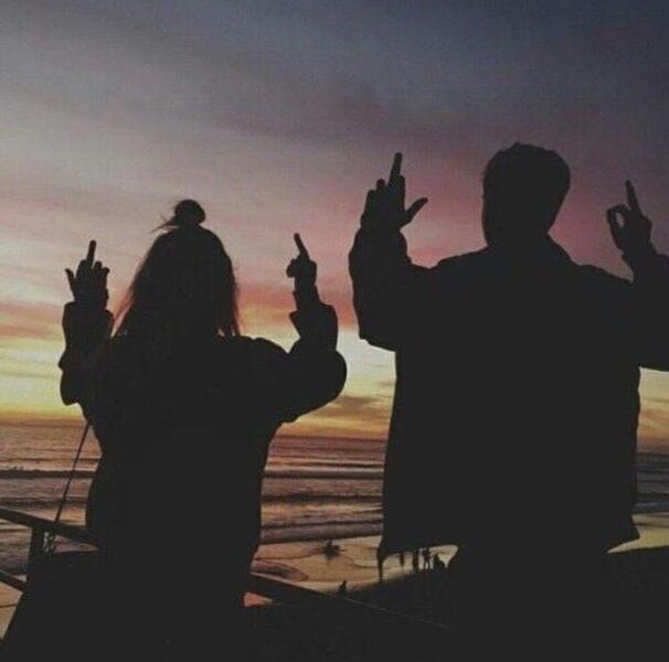 Hình ảnh avatar cặp đen lãng mạn, đẹp