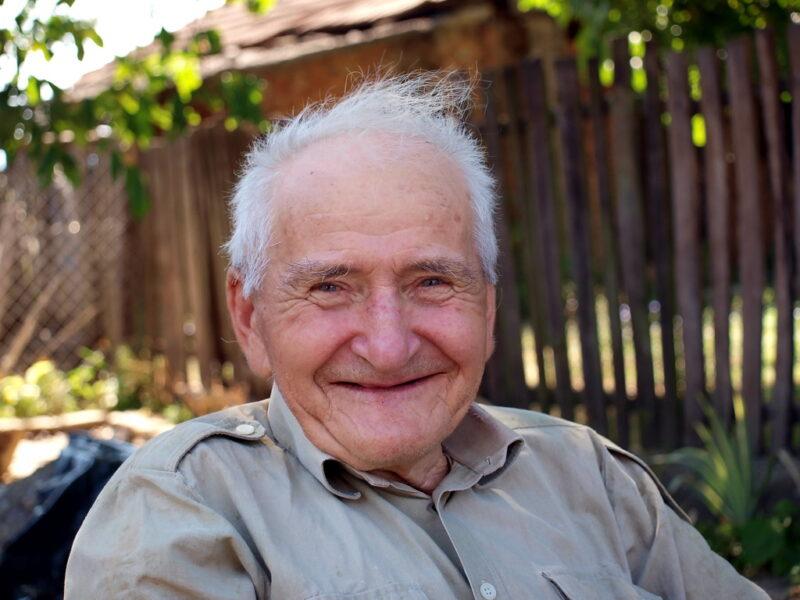 hình ảnh cười đẹp của cụ già