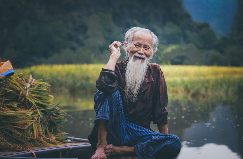 hình ảnh cười đẹp của cụ ông