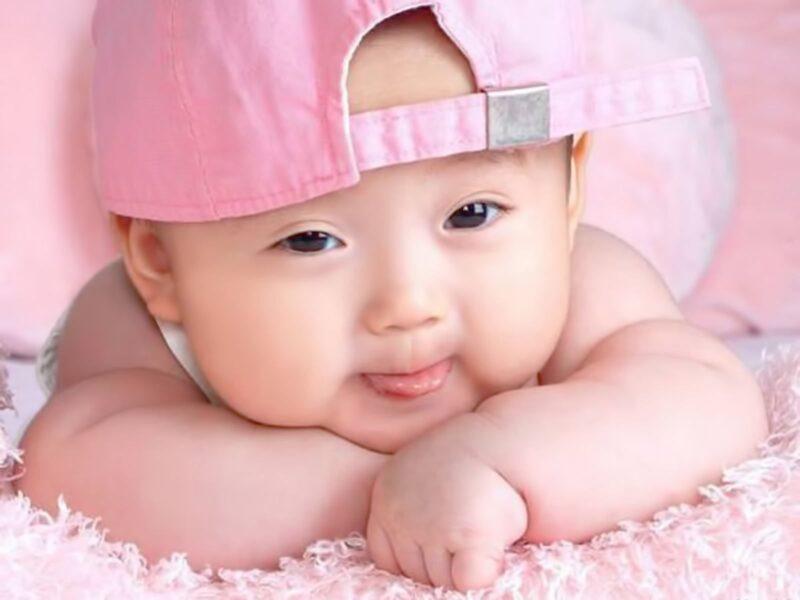 hình ảnh em bé dễ thương đáng yêu