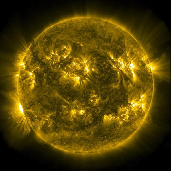 hình ảnh mặt trời 3D