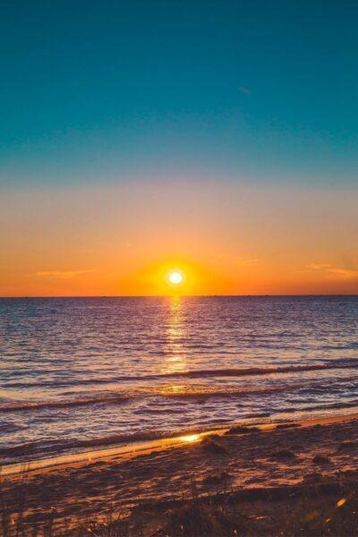 hình ảnh mặt trời trên biển hoàng hôn