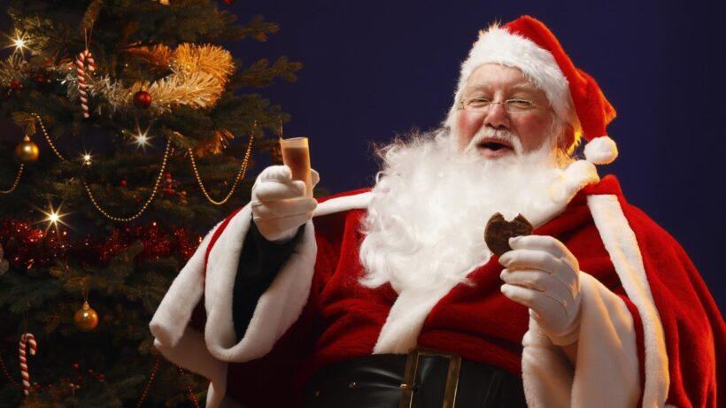 Hình ảnh ông già Noel ăn socola