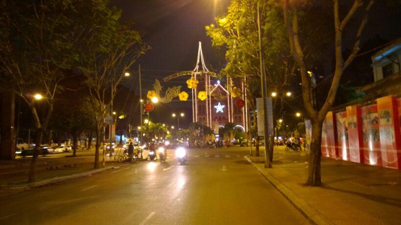 Hình ảnh Sài Gòn về đêm khuya
