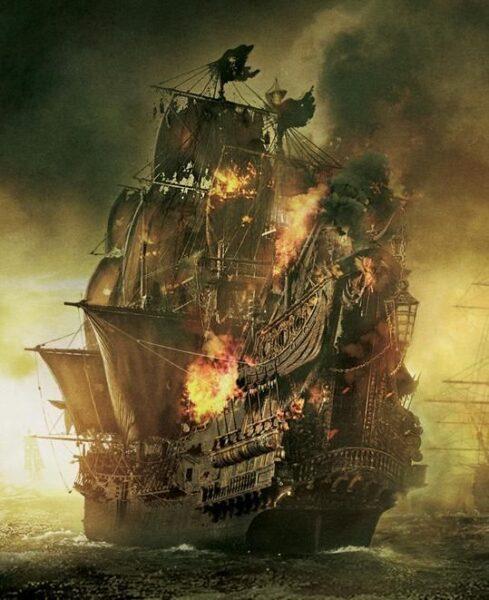 Hình ảnh thuyền buồm đang bốc cháy