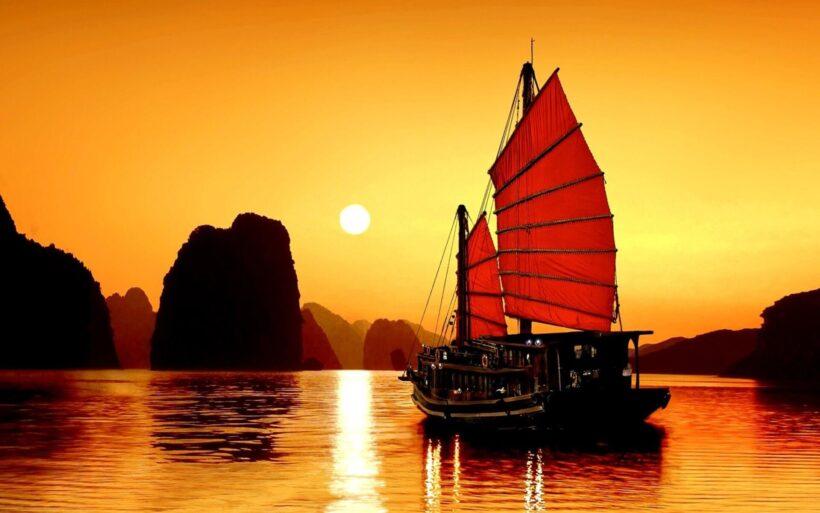 Hình ảnh thuyền buồm đẹp, lãng mạn