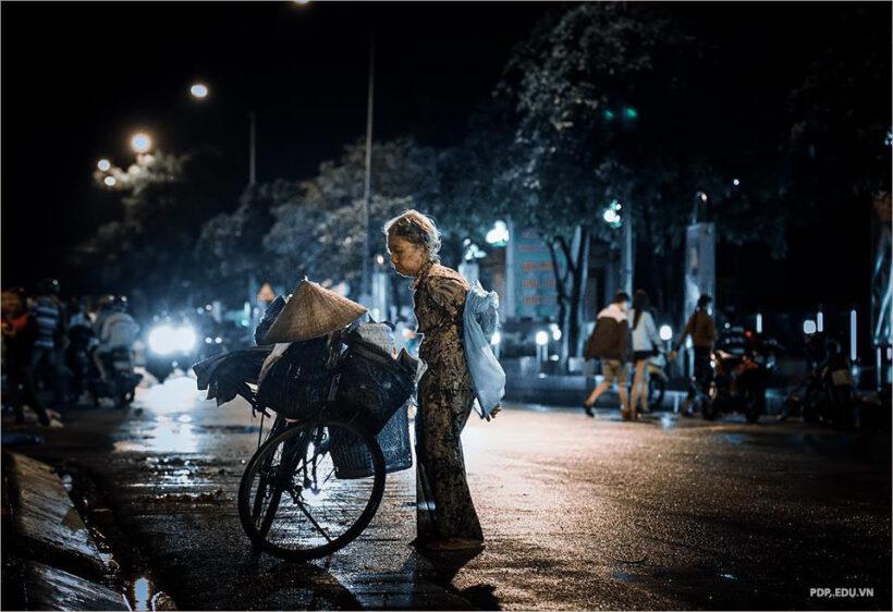 hình ảnh xe đạp và những mảnh đời vất vả