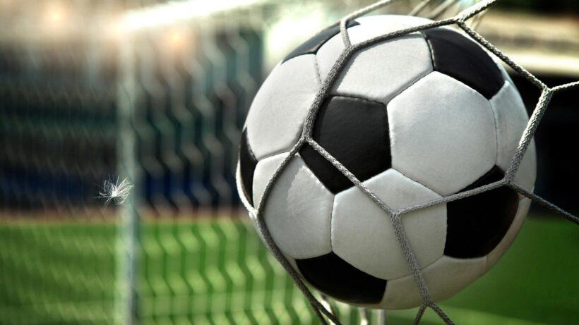 Hình nền bóng đá vào lưới