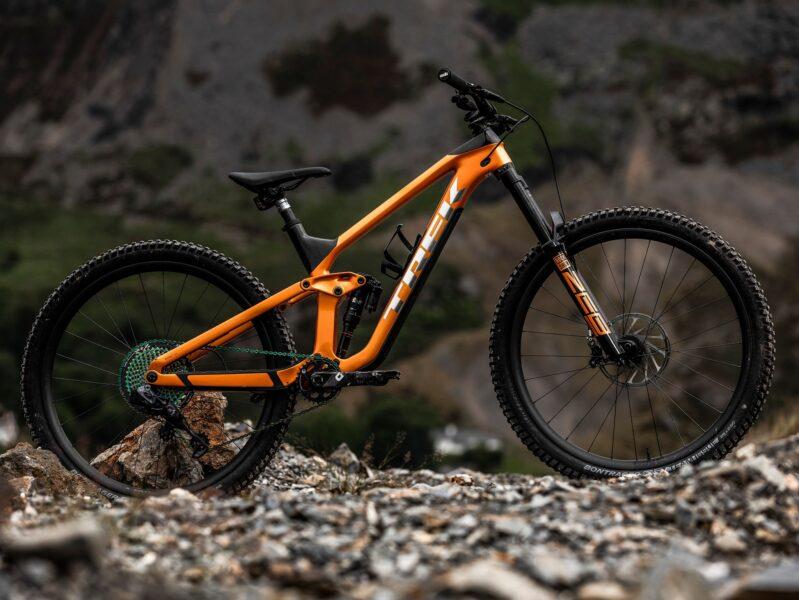 hình nền xe đạp địa hình Trek màu cam