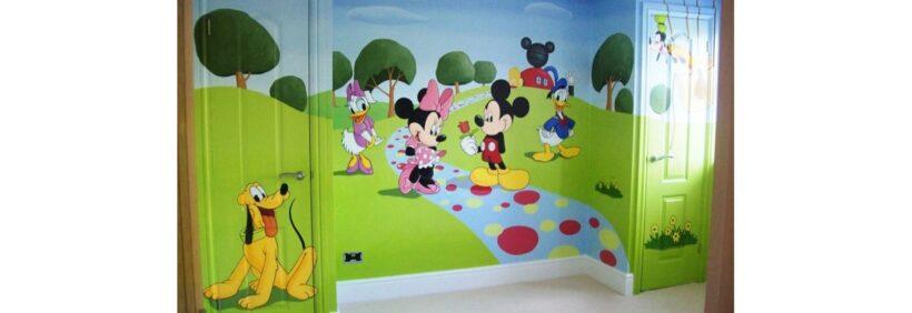 Tranh tường mầm non đẹp, những con vật hoạt hình dễ thương