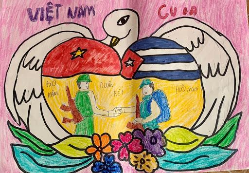 Vẽ tranh tình hữu nghị Việt Nam - Cuba với những cái bắt tay đầy thân thiện