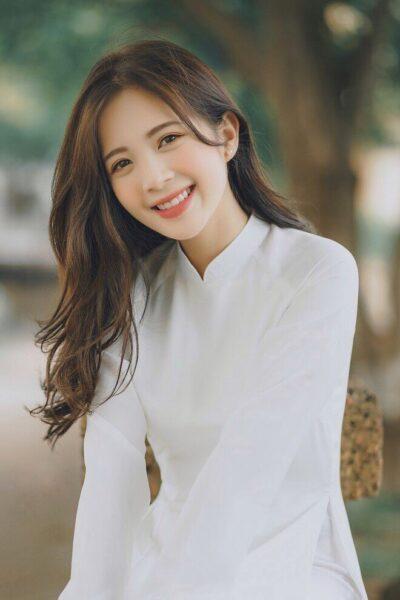 Ảnh gái xinh cấp 2-3 cười xinh nhất
