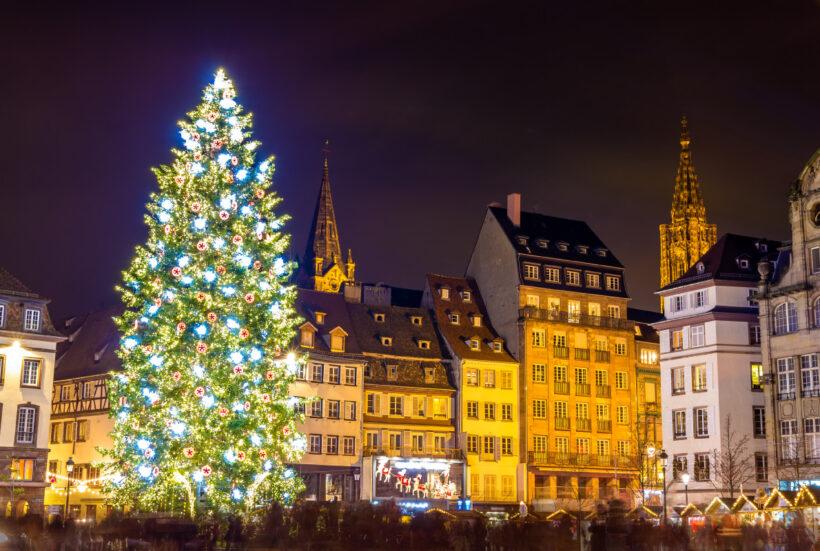 cây thông Noel tuyệt đẹp trong lễ Giáng Sinh