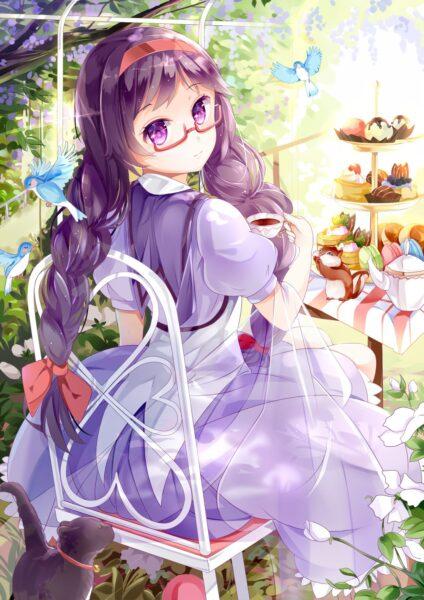 Hình ảnh anime girl tóc tím đeo kính