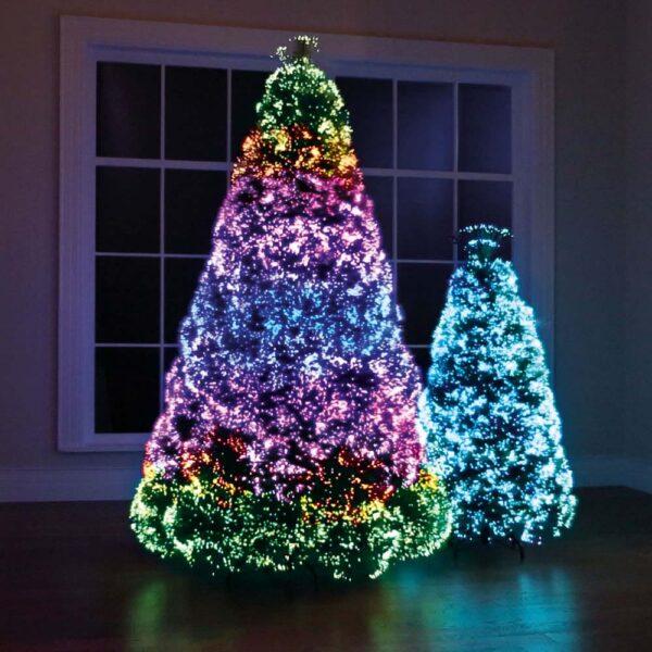 Hình ảnh cây thông Noel nhiều màu