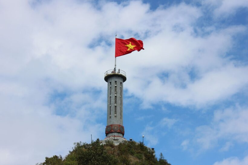 Hình ảnh cờ đỏ sao vàng Tổ Quốc