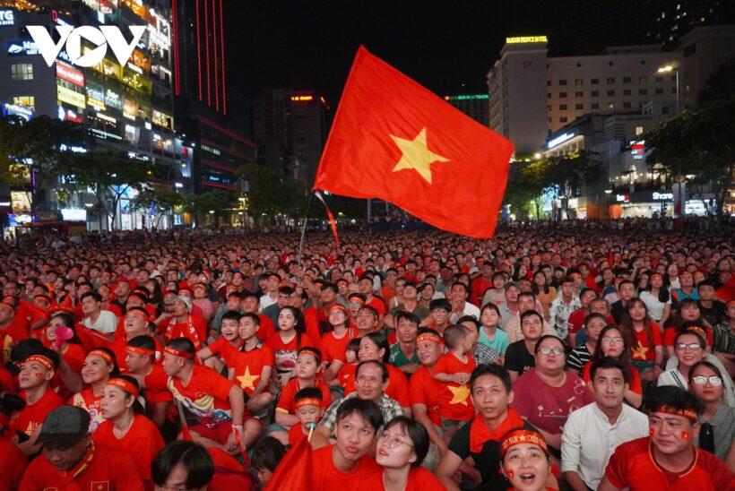 Hình ảnh cờ đỏ sao vàng tự hào Việt Nam