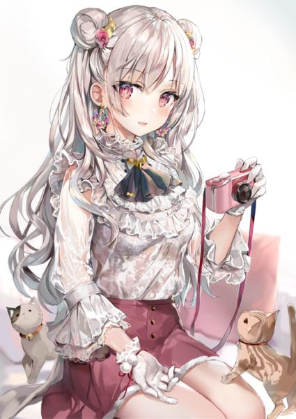 Hình ảnh girl anime tóc bạch kim cực xinh