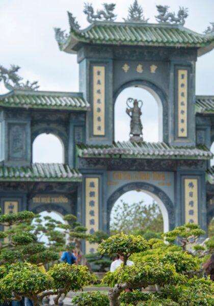 hình ảnh thành phố đà nẵng - chùa linh ứng
