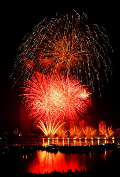 hình ảnh thành phố đà nẵng - pháo hoa DIFF