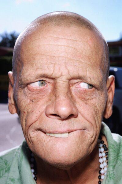 Hình ảnh trai xấu già nua