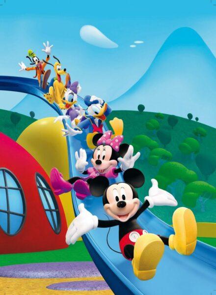 hình ảnh chuột mickey dễ thương đang chơi trò chơi