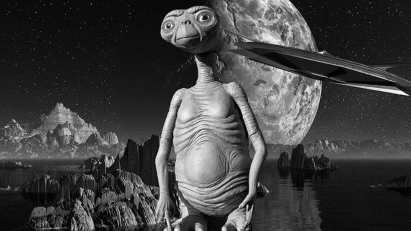 Hình ảnh đen trắng người ngoài hành tinh