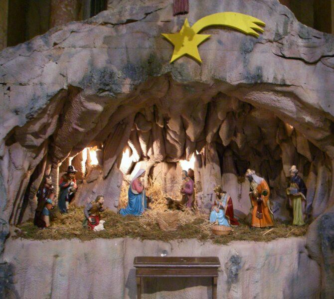 Hình ảnh hang đá Giáng Sinh độc đáo