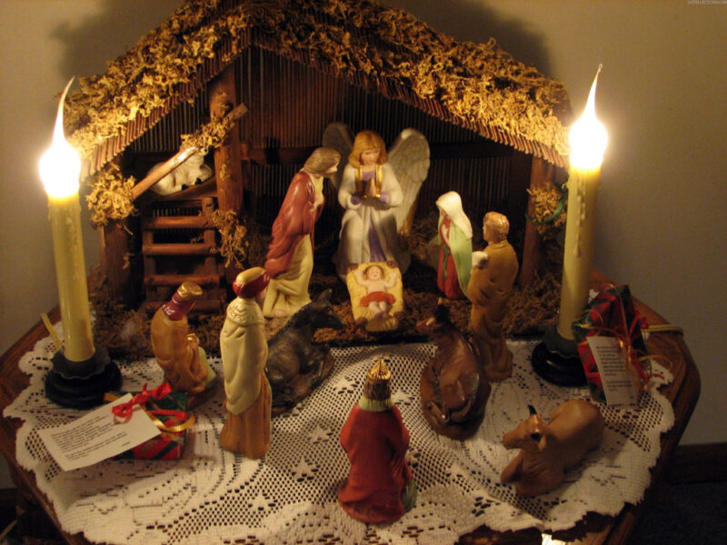 Hình ảnh hang đá Giáng Sinh nhân tạo