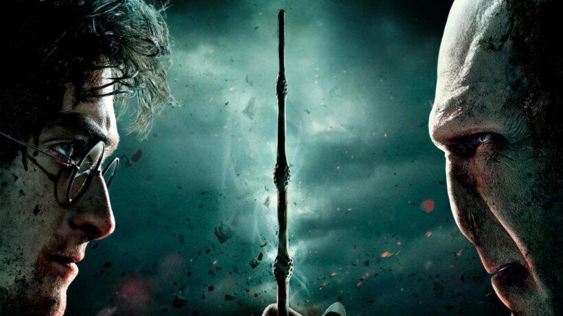 Hình ảnh Hary Potter đối mặt với chúa tể Voldermort