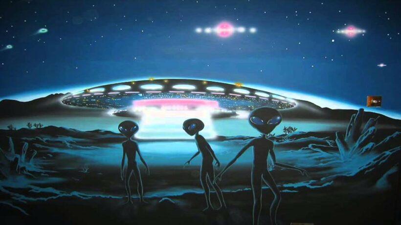 Hình ảnh người ngoài hành tinh và đĩa bay