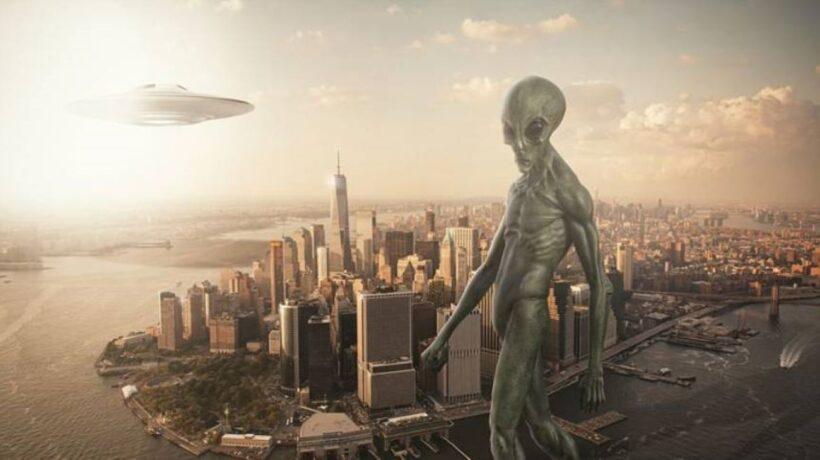 Hình ảnh người ngoài hành tinh và thành phố New York