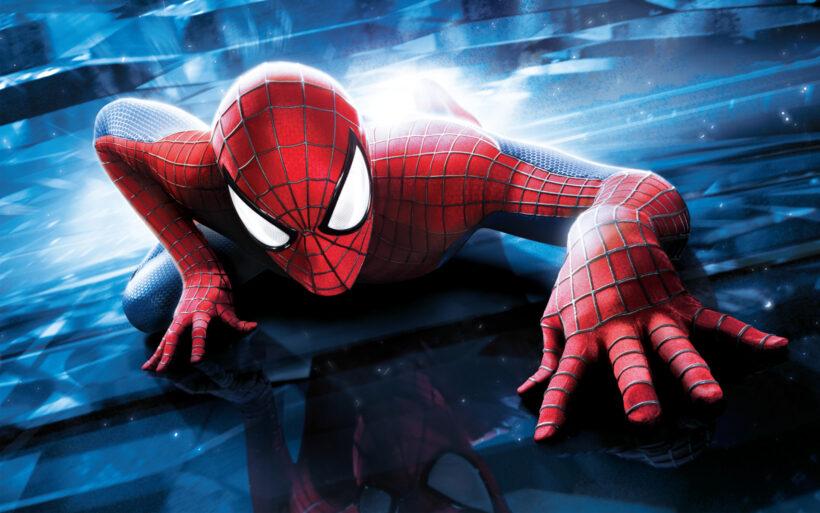 Hình ảnh Spider Man người nhện bò