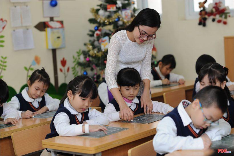 Hình ảnh thầy cô giáo đẹp, ý nghĩa nhất