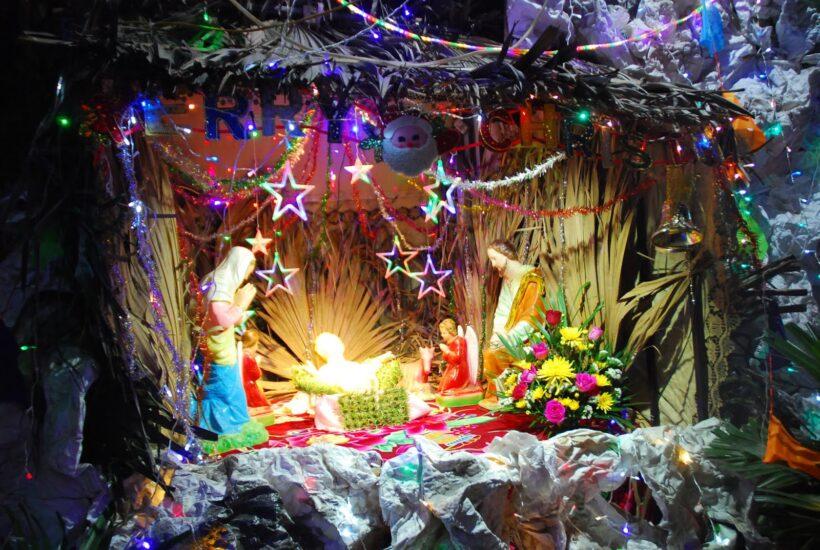 Hình ảnh trang trí hang đá Giáng Sinh đẹp