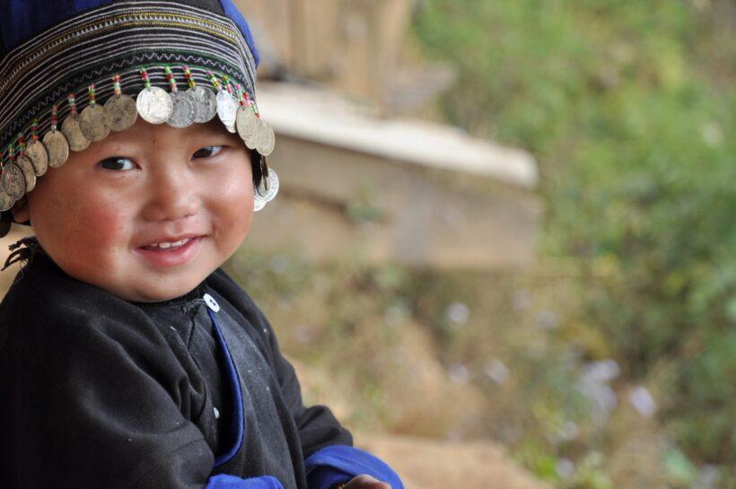 hình ảnh trẻ em dân tộc xinh xắn