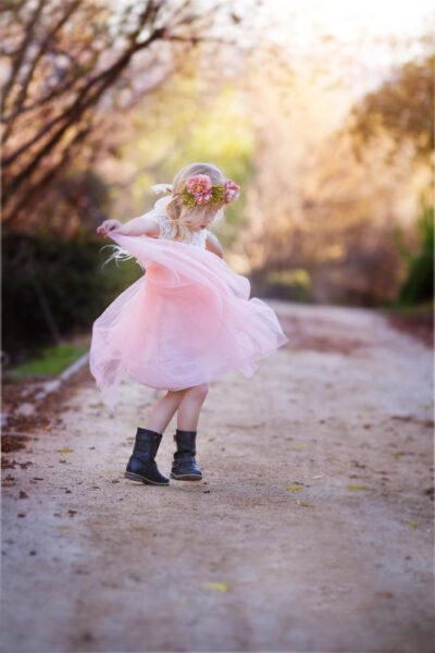 hình ảnh trẻ em nhảy múa