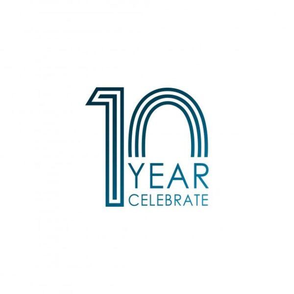 logo kỉ niệm 10 năm đơn giản