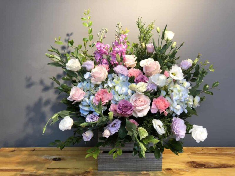 Mẫu giỏ hoa để bàn