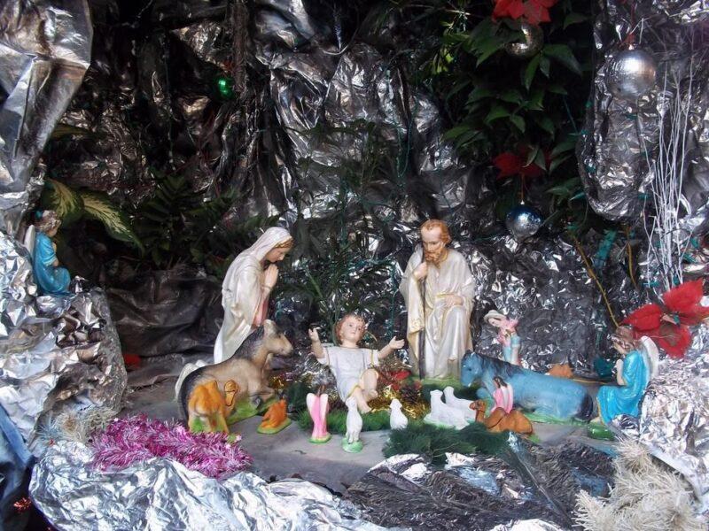 Mẫu hang đá Giáng Sinh