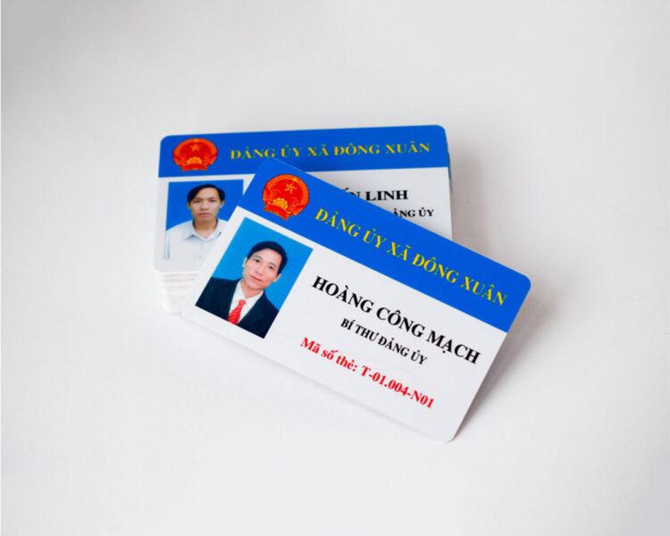 Mẫu thẻ nhân viên công chức